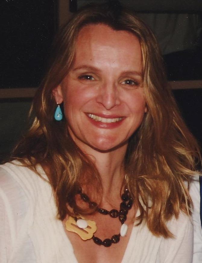 Associate Professor Claudia   Tazreiter