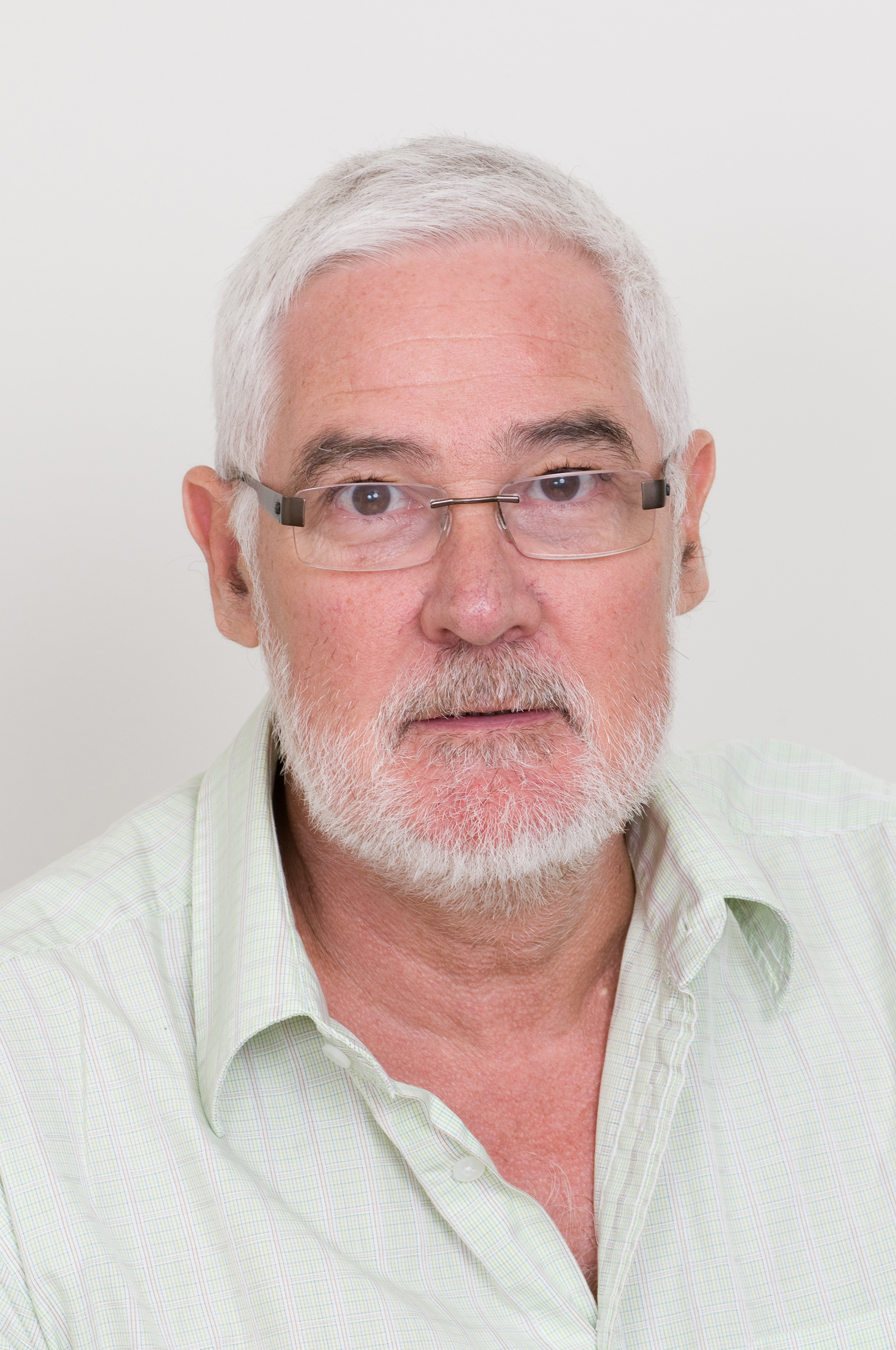 Emeritus Professor Peter Gordon Saunders