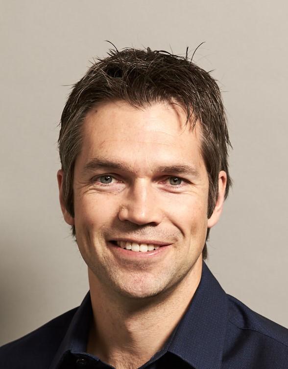 Dr Arne   Laucht