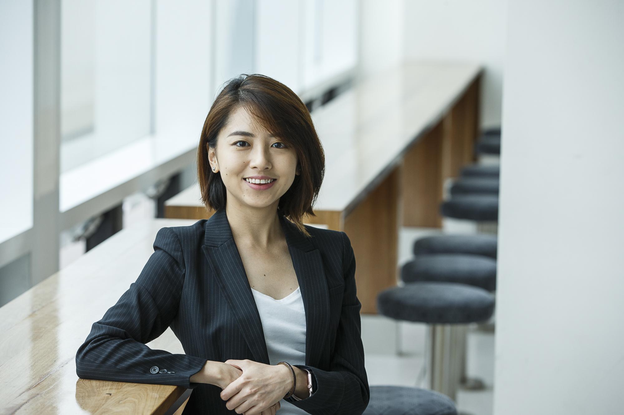 Dr Yenni   Tim