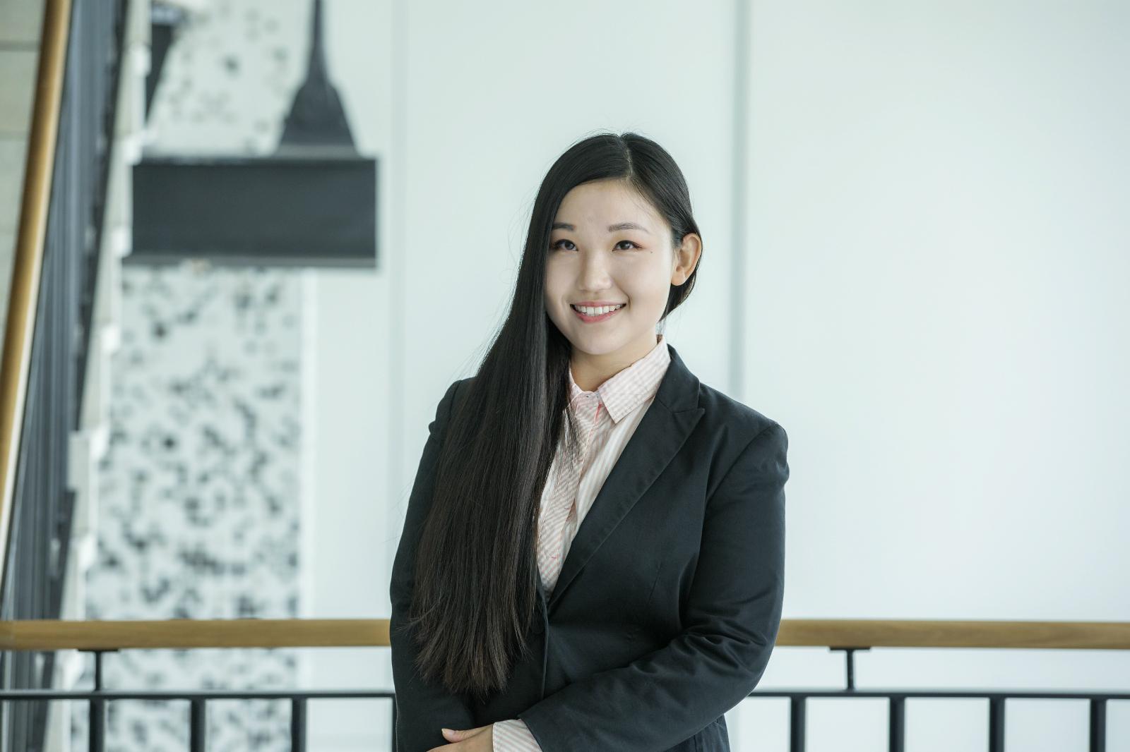 Ms Miaodi   Han