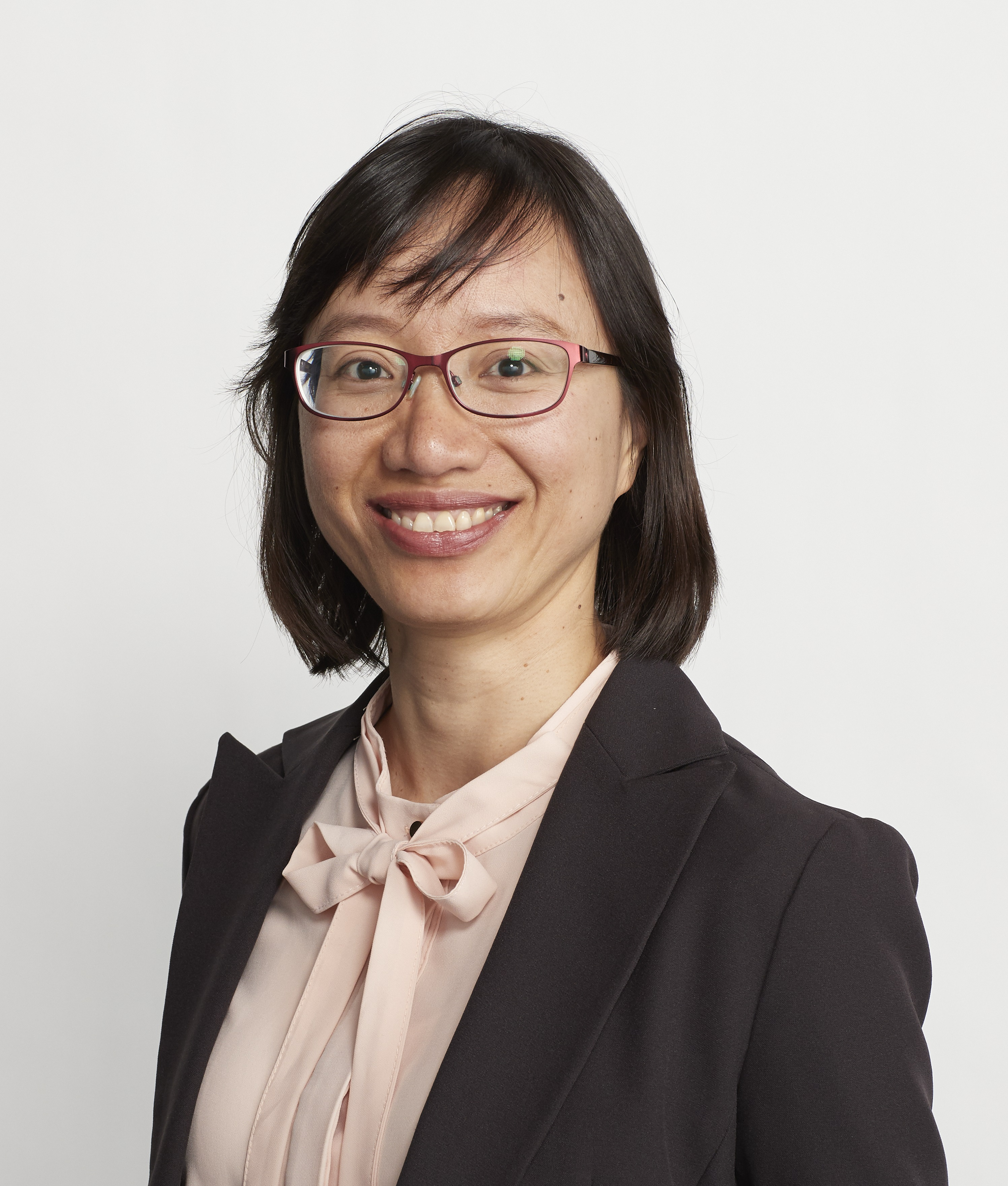 Dr Thuy Duong To