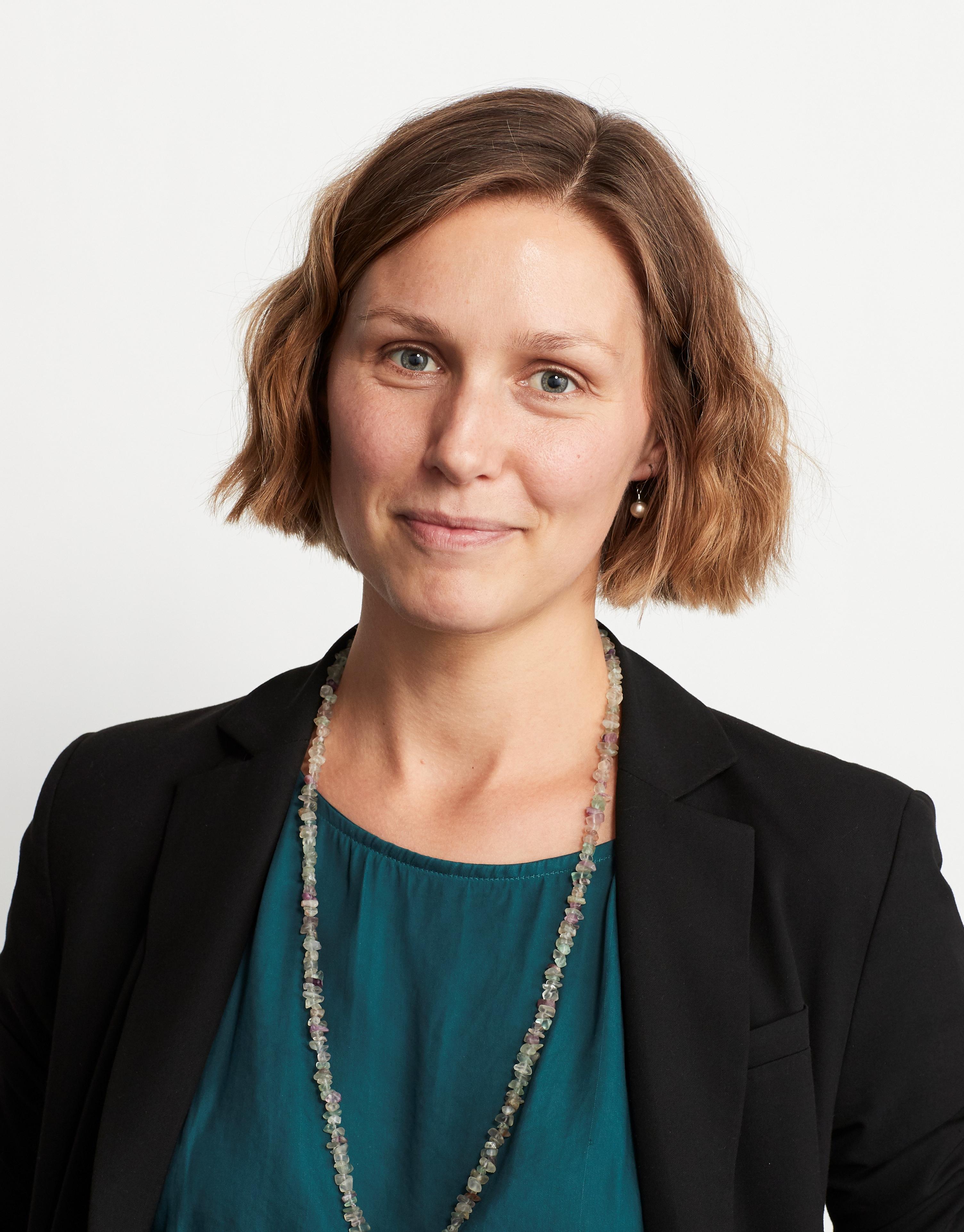 Dr Aline   Jaeckel