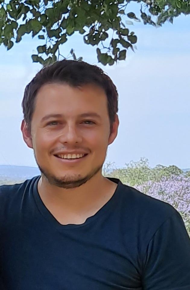 Dr Ulises Alejandro Aregueta Robles