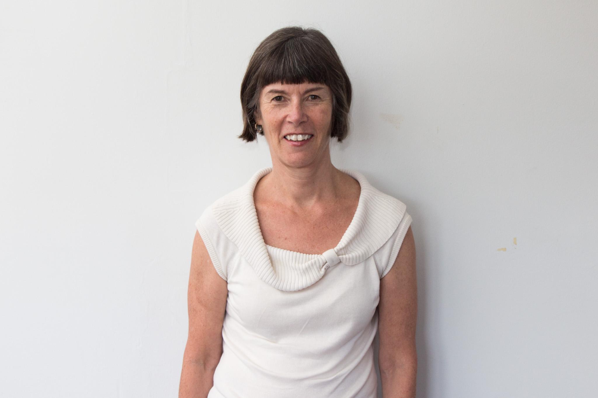 Dr Anna   McNulty