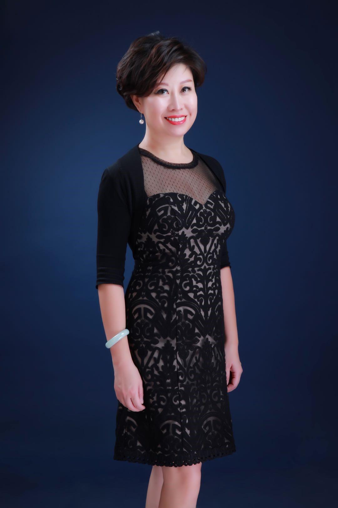 Dr Ying Amanda Wang