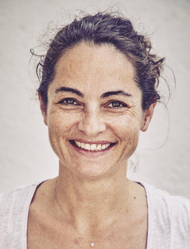 Dr Anna   Bruce
