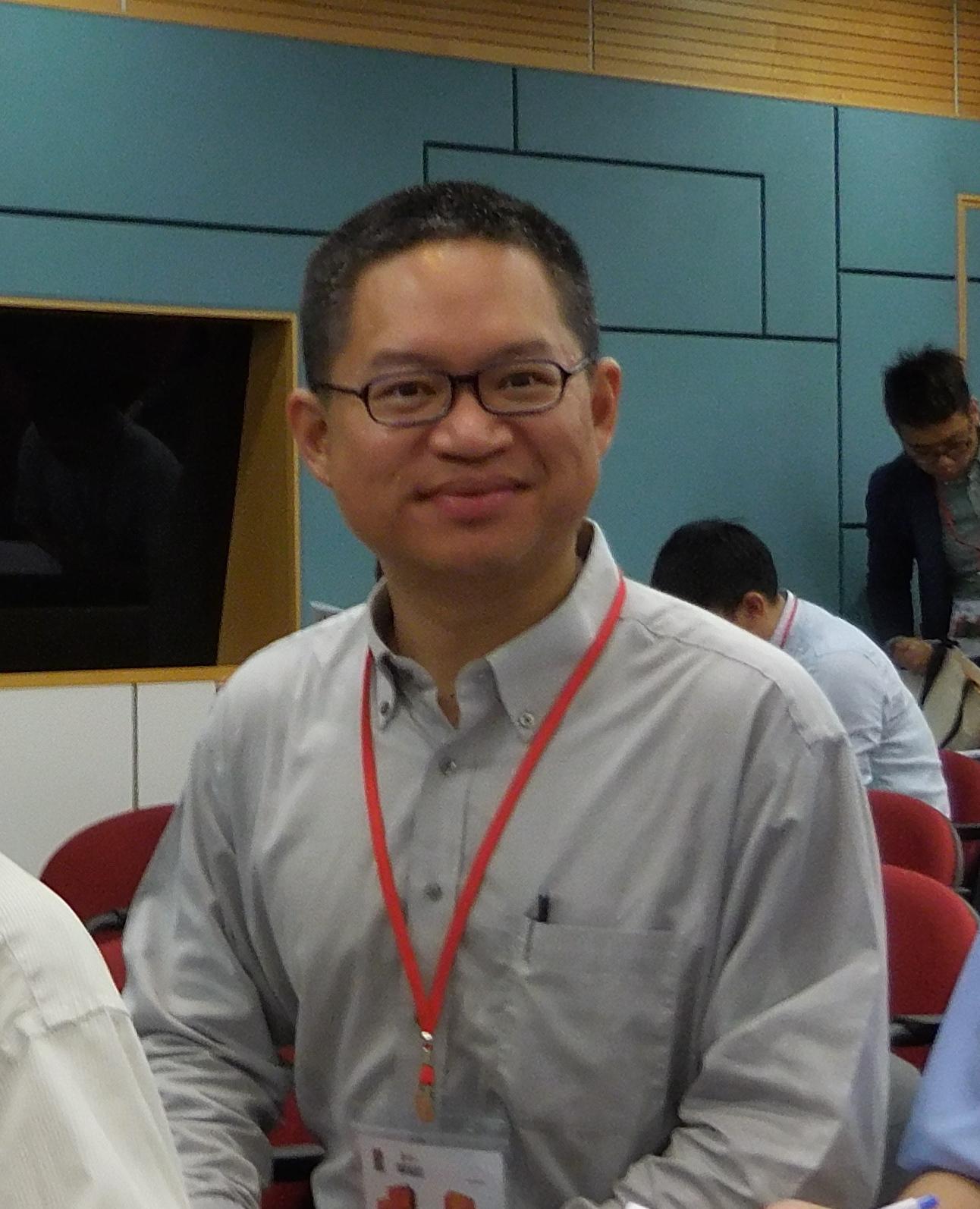 Dr Wah Guan   Lim