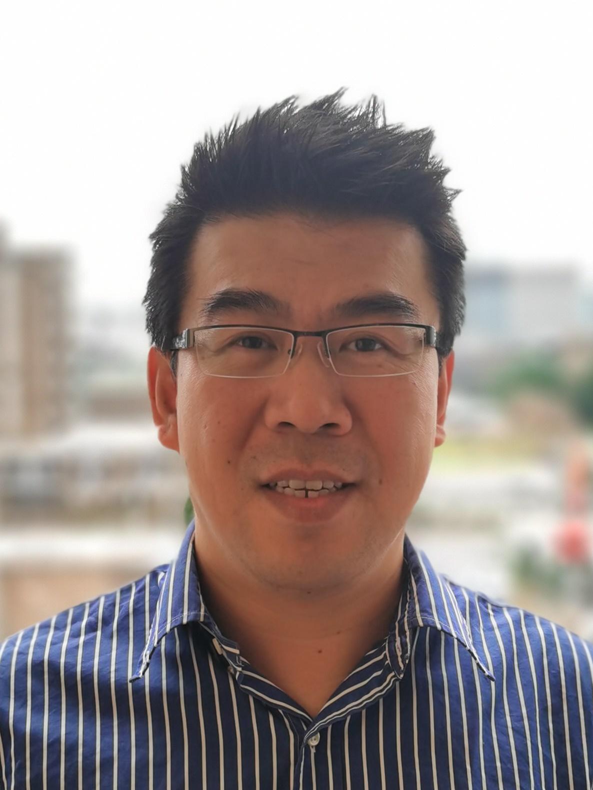 Dr Yi   Liu