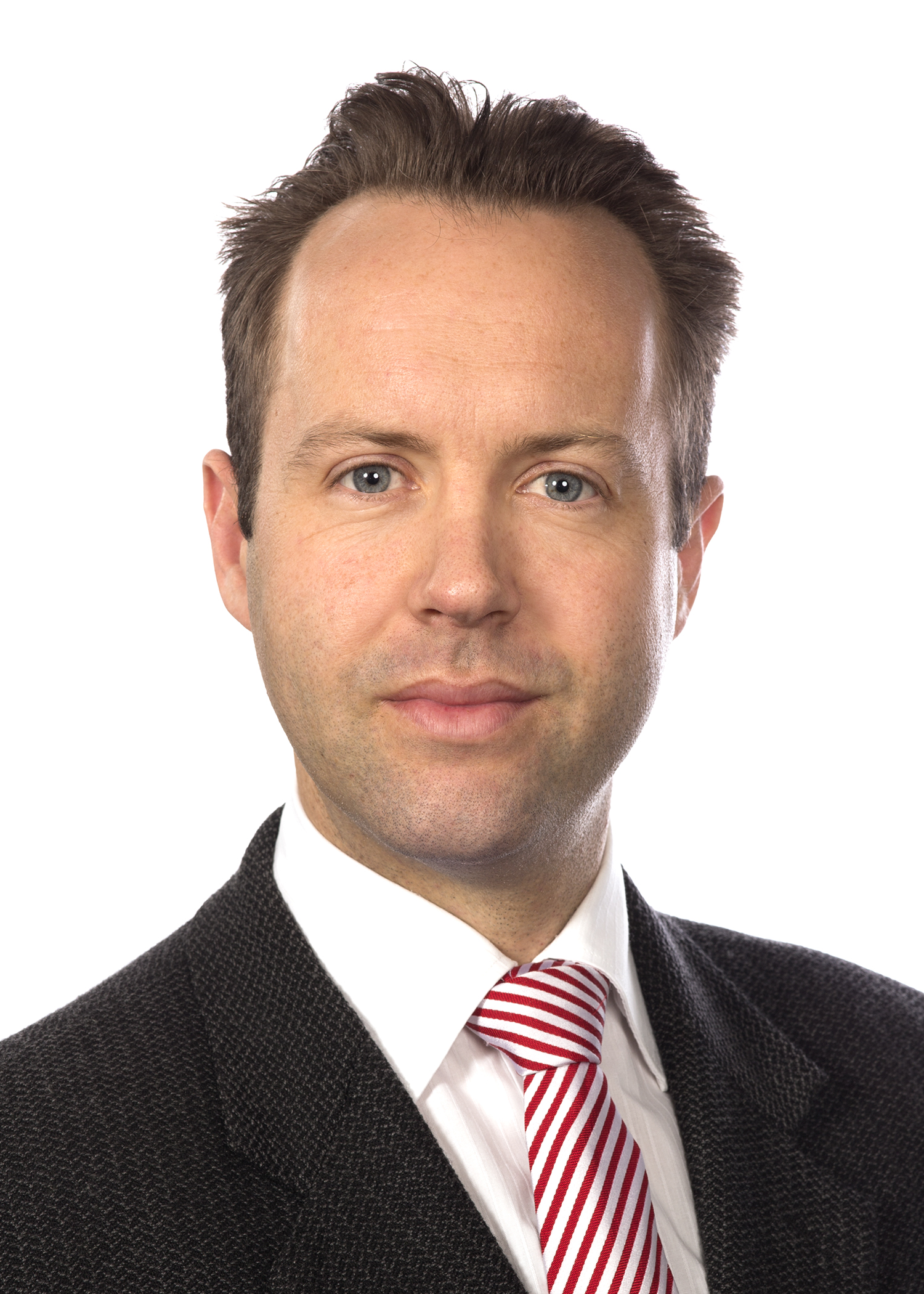 Dr Iain Edward Perkes