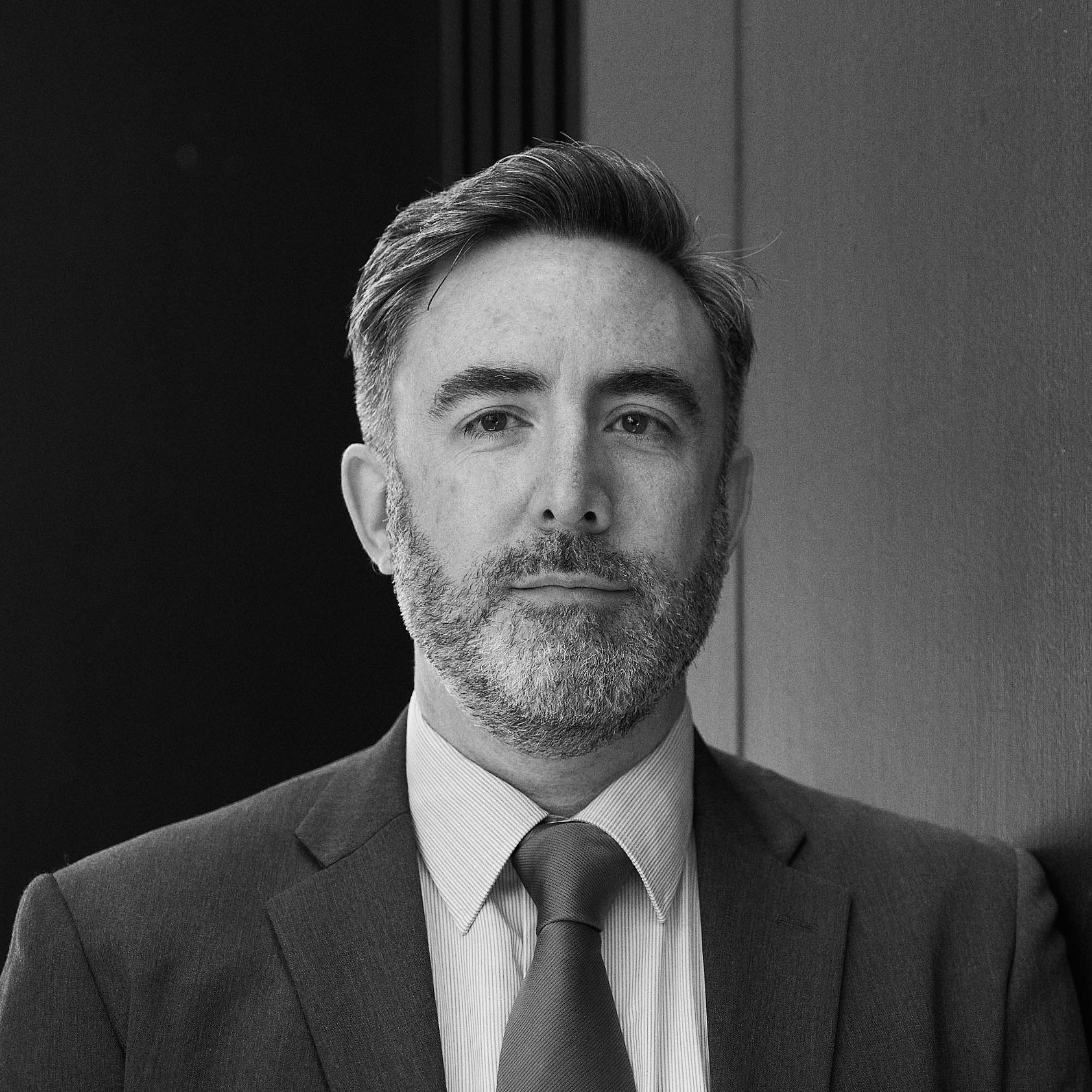 Dr Antony   Bolton