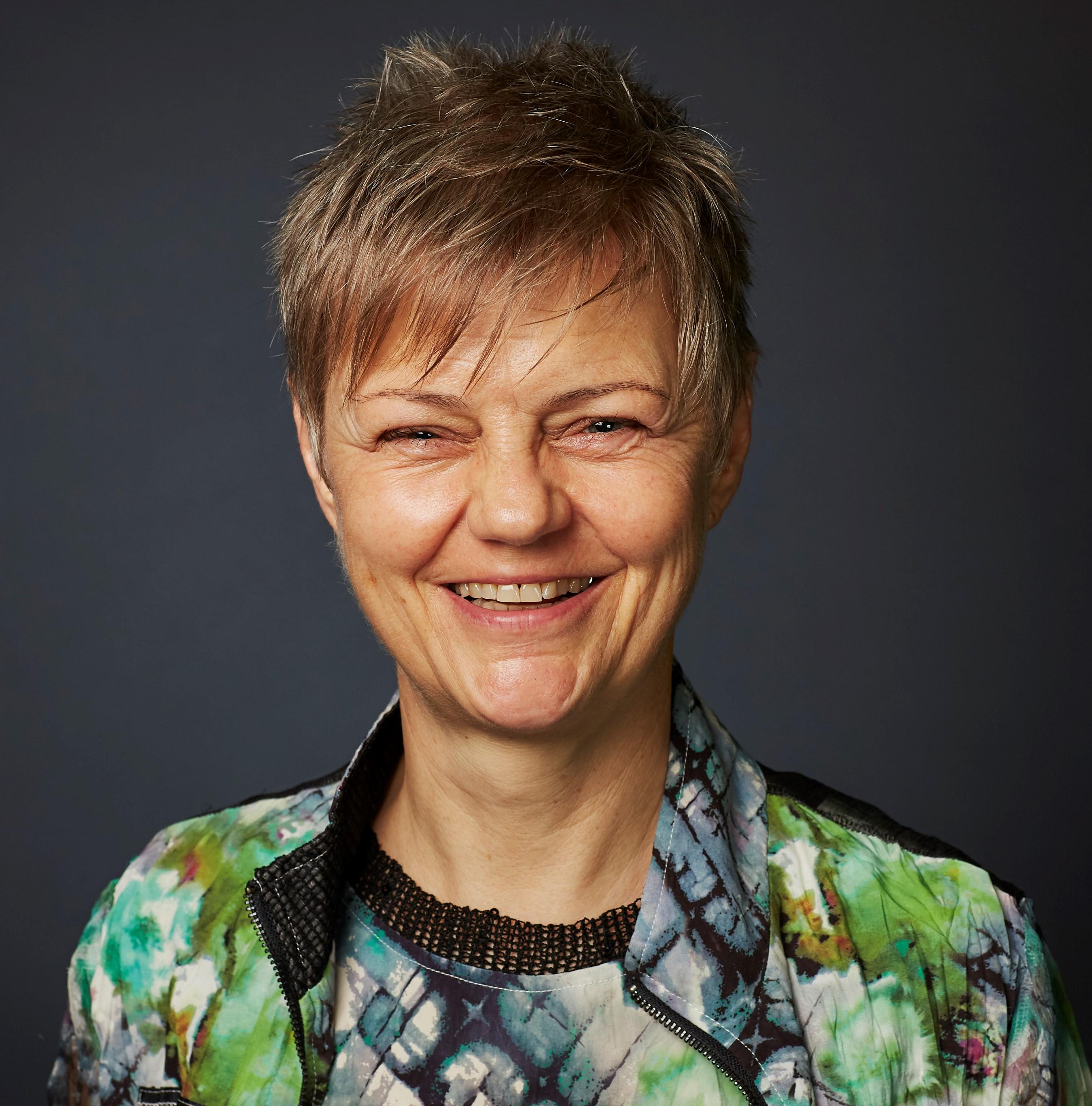 Dr Christiane   Purcal