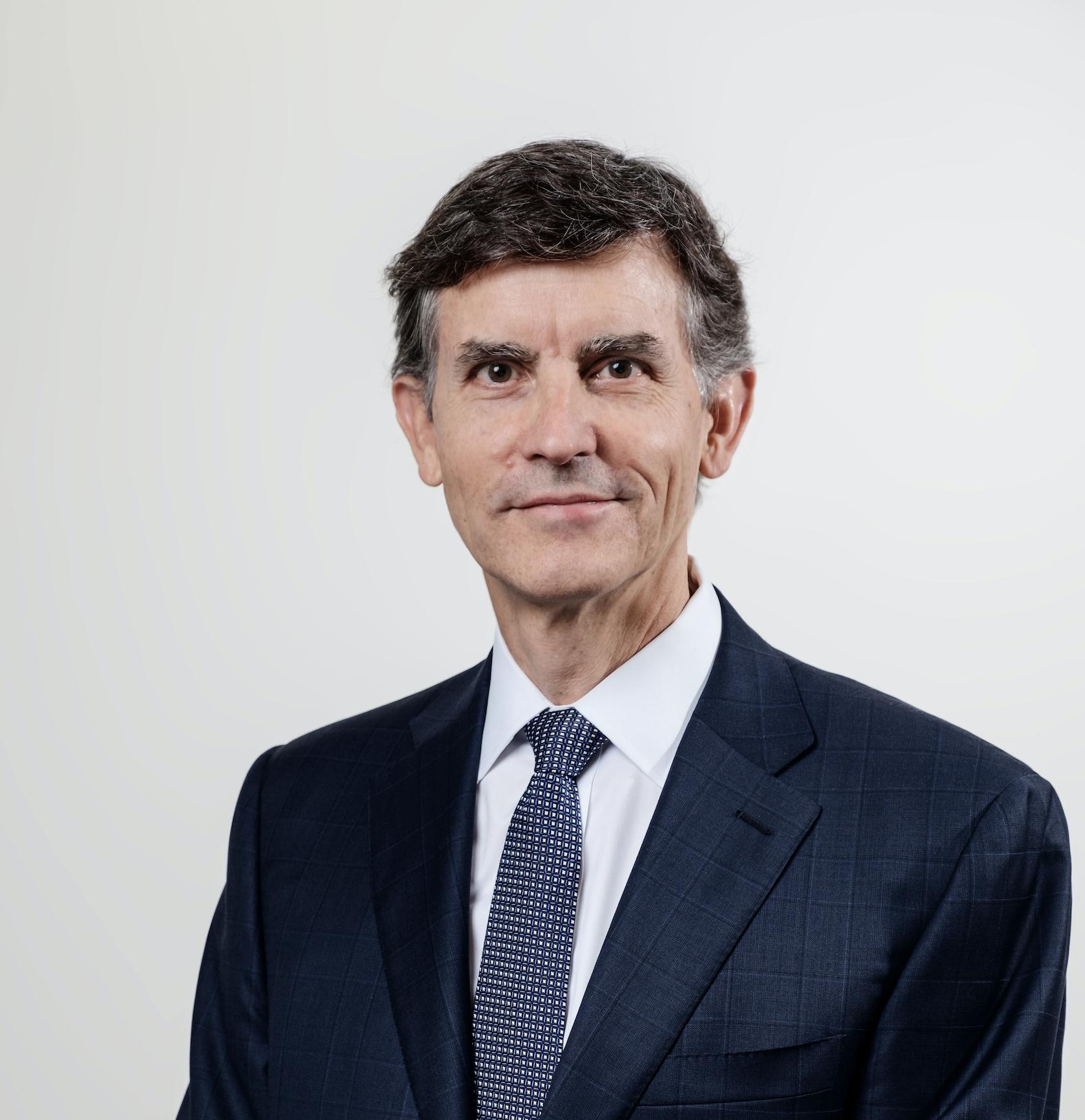 Associate Professor David William Marshall Muller