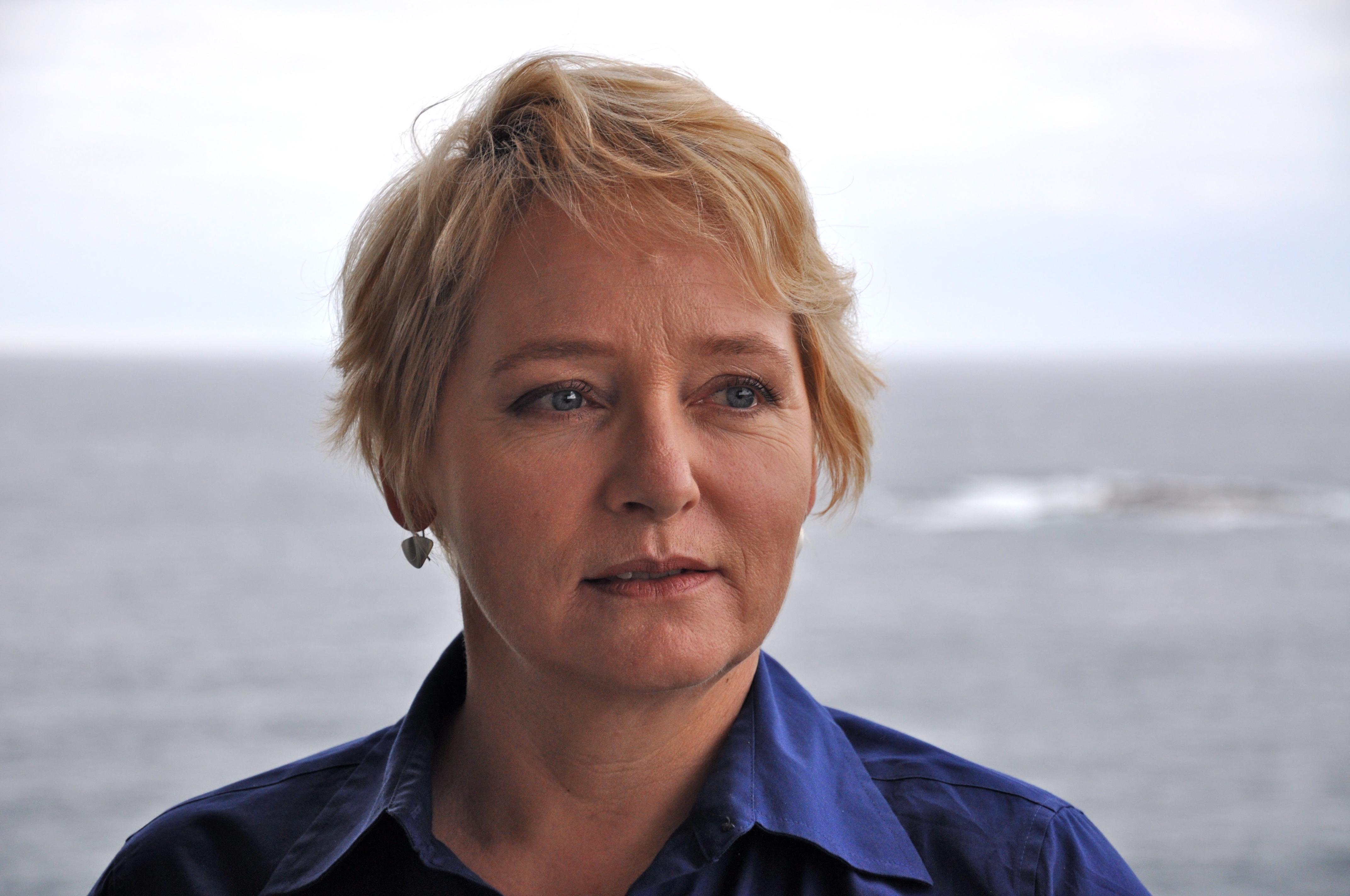 Ms Anita Louise McGregor