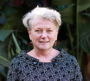 Dr Heather Margaret Holst