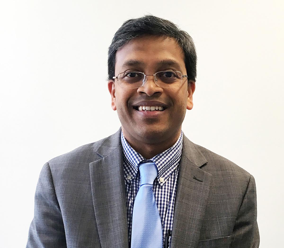 Dr Sunil   Badve
