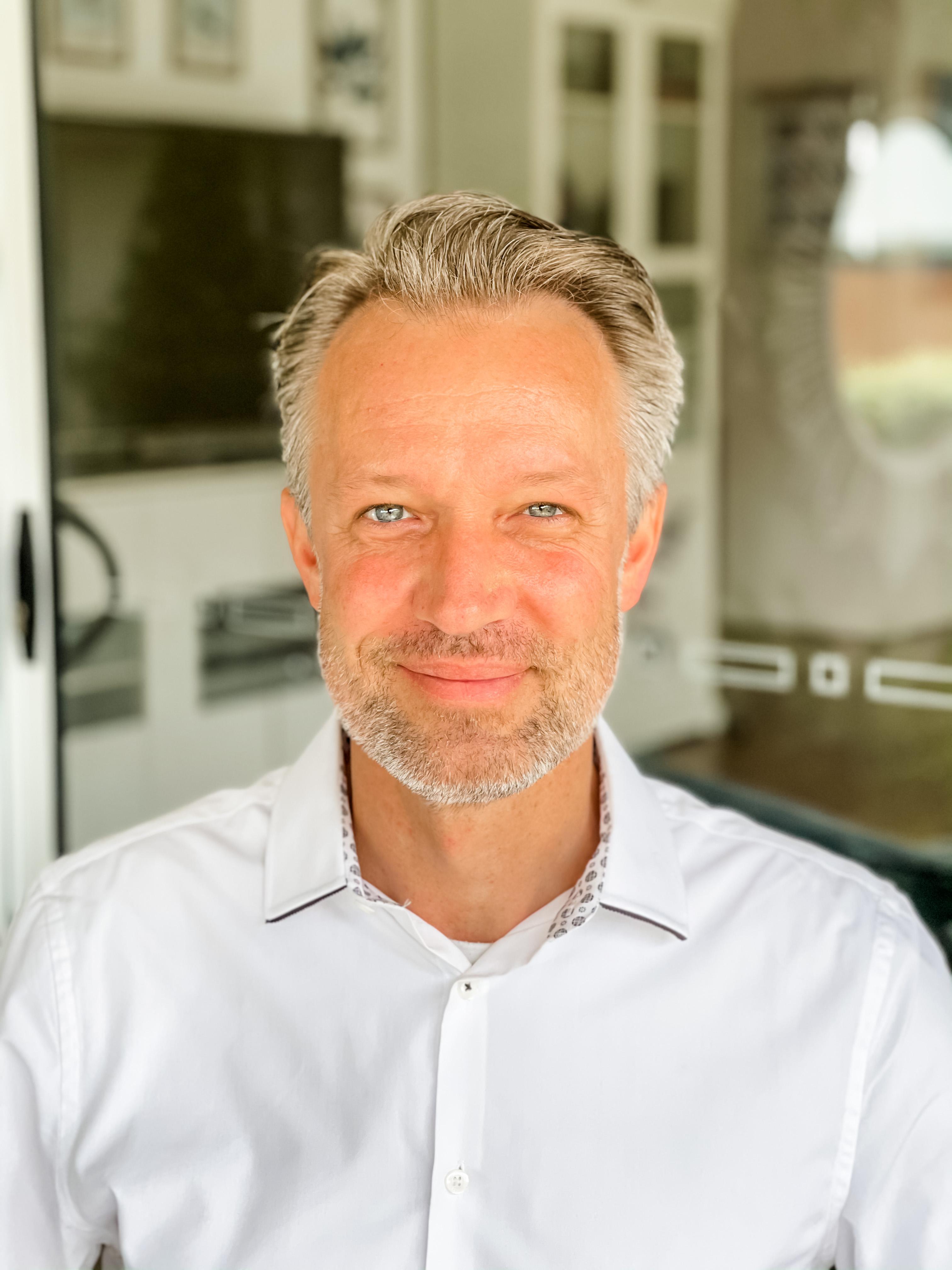 Dr Johannes Michael Luetz