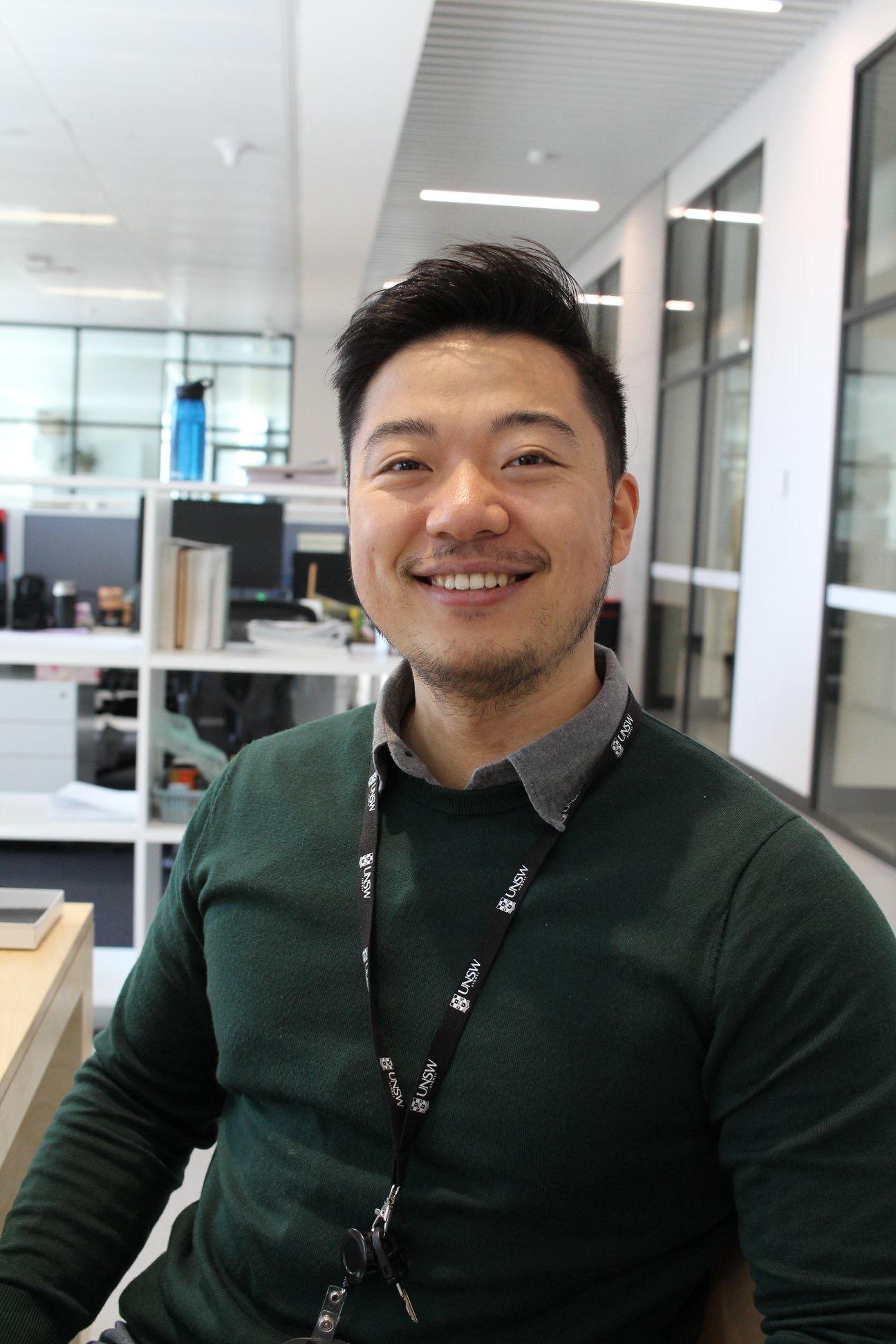 Dr Charlie Zhenbang Cao