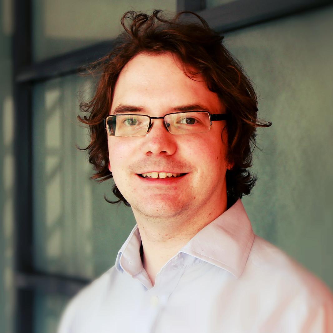 Dr Mark   Larsen