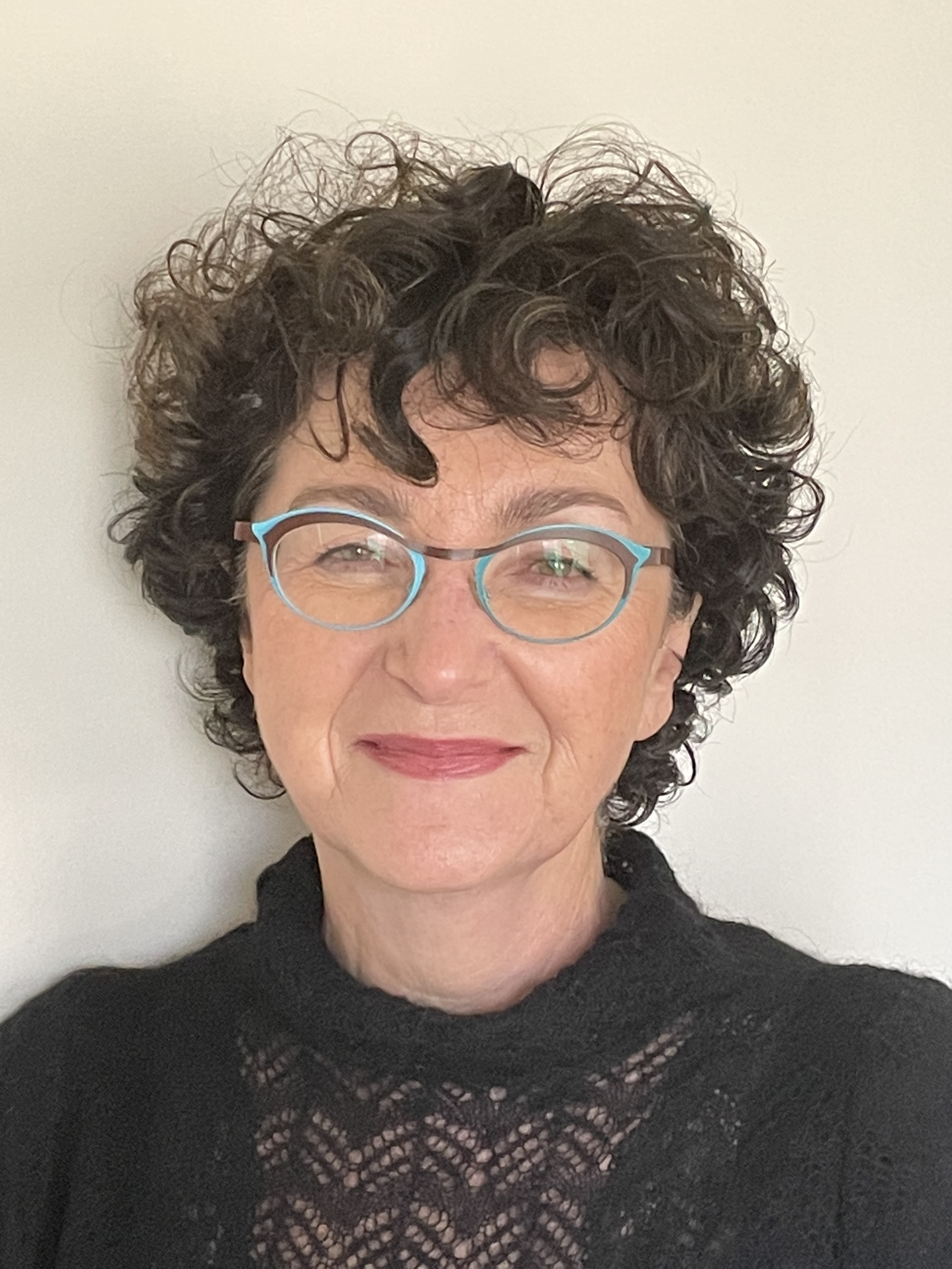 Professor Ludmila   Stern