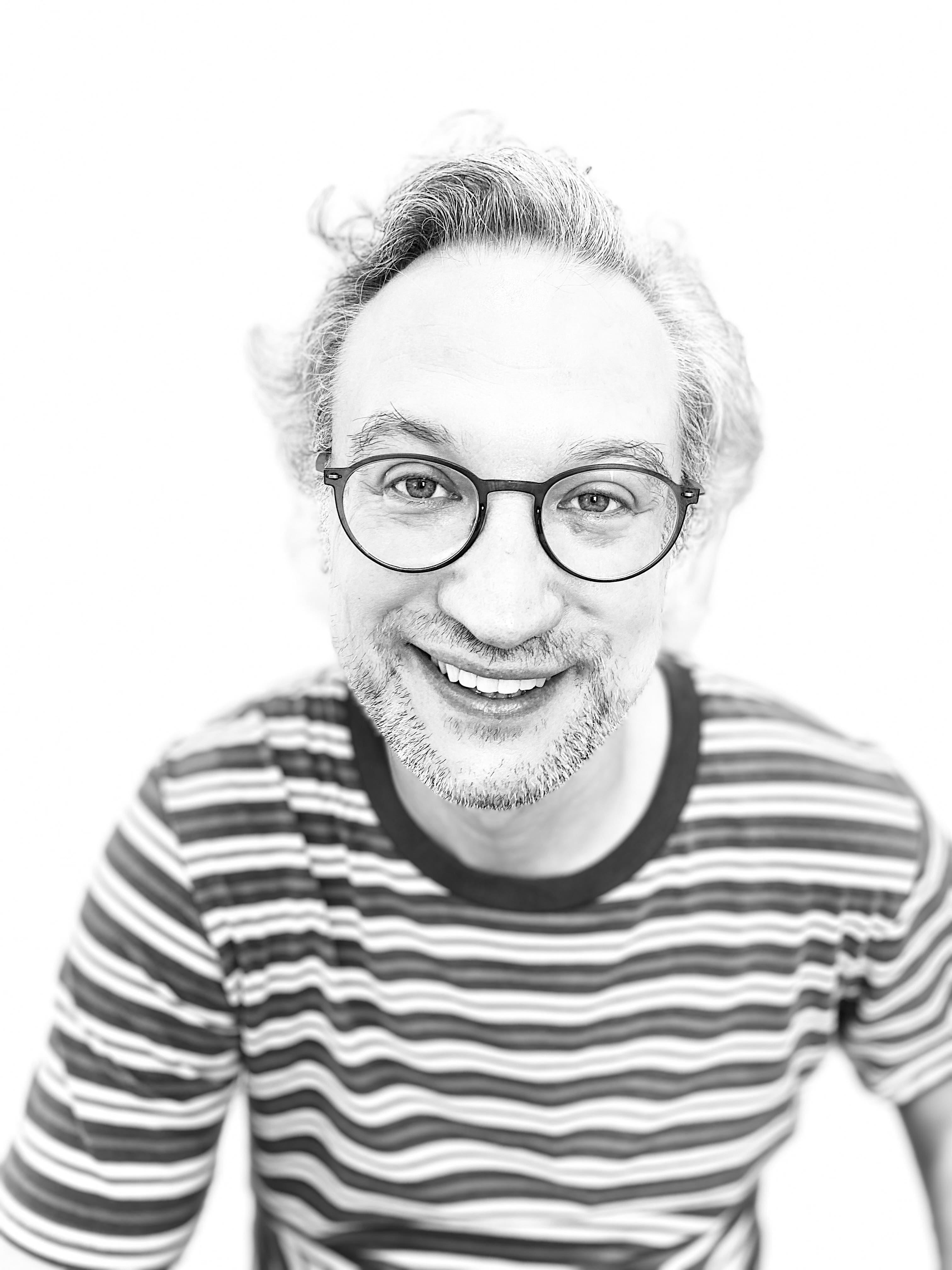 Associate Professor Chris   Danta
