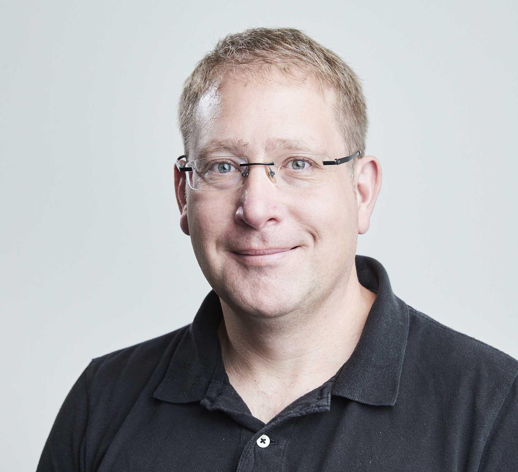 Associate Professor Jon   Beves