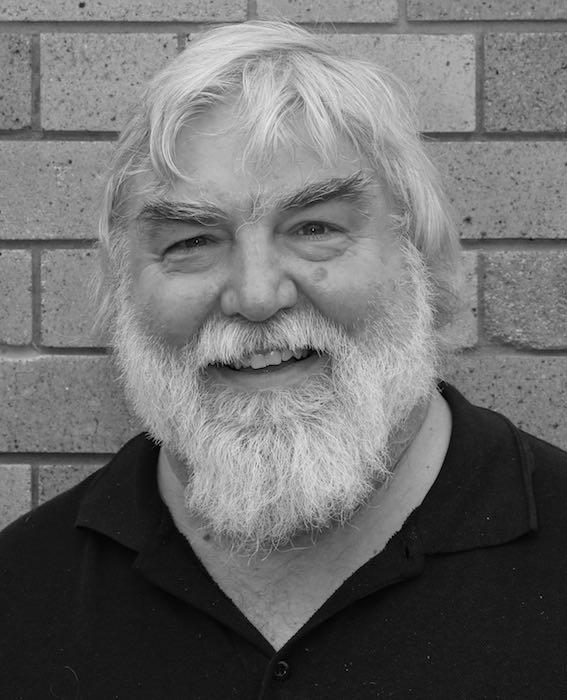Associate Professor Julian   Cox