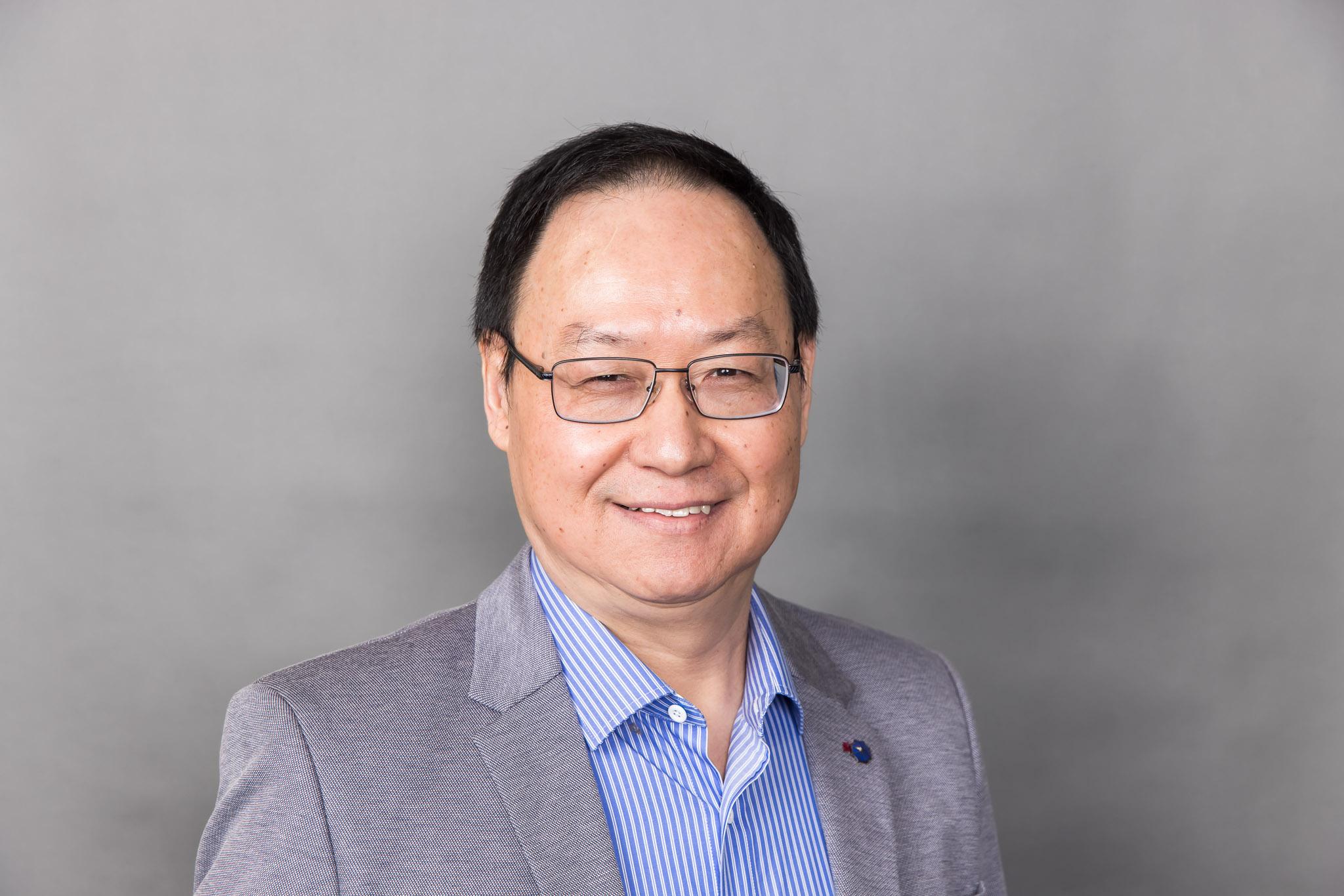 Associate Professor Jian   Zhao