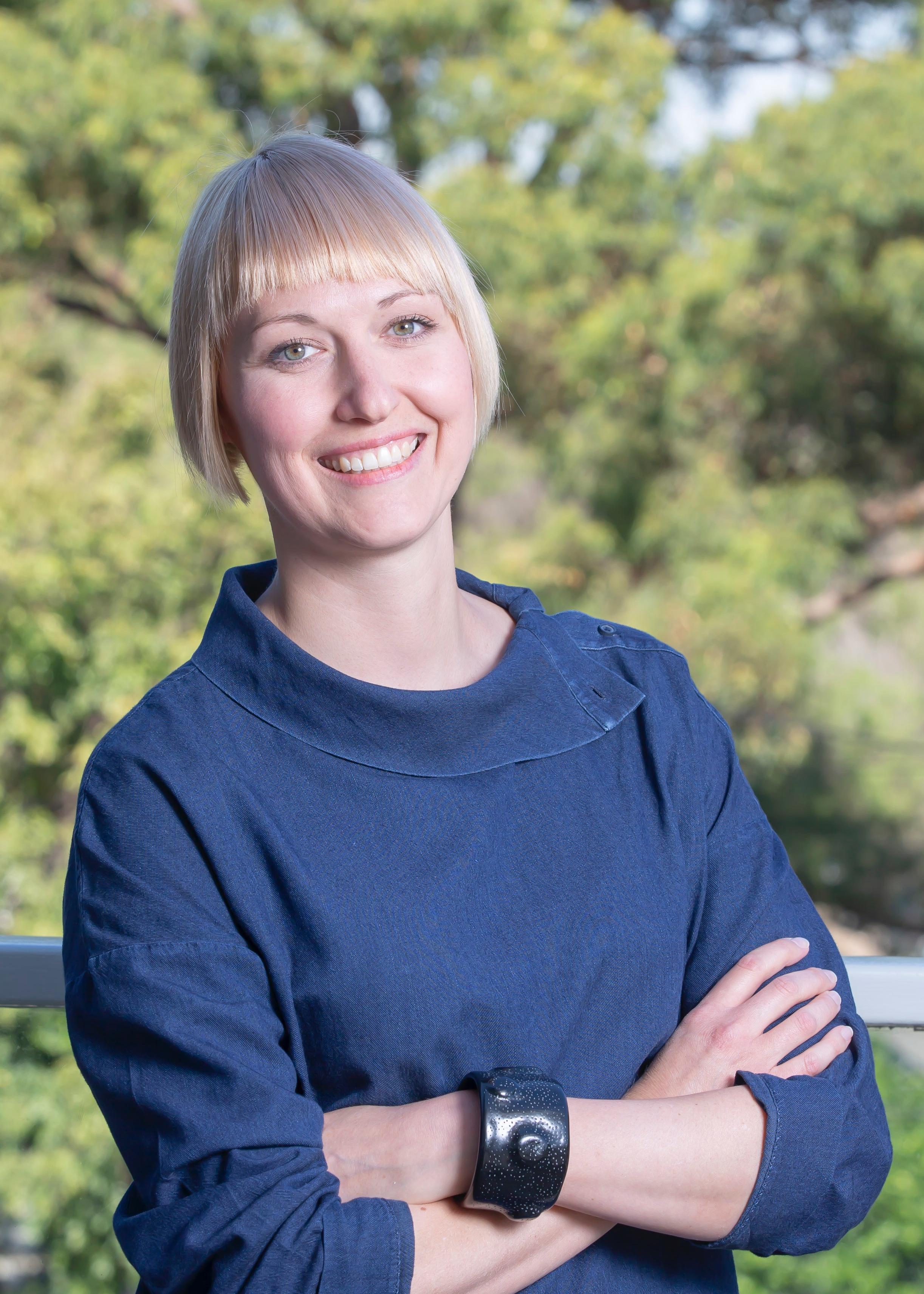Dr Kari   Lancaster