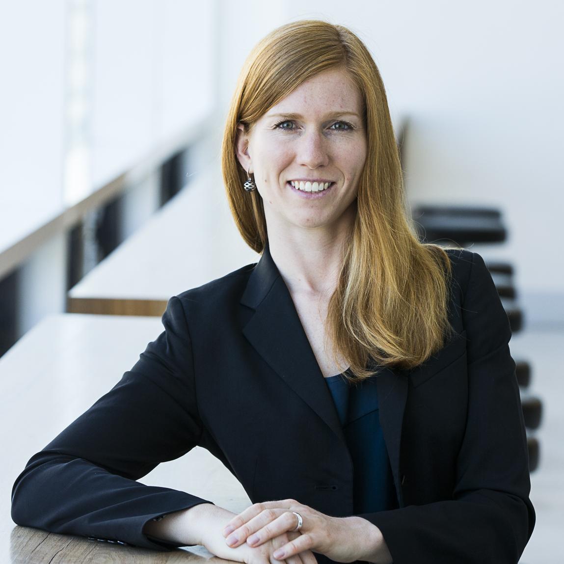 Dr Katja   Hanewald