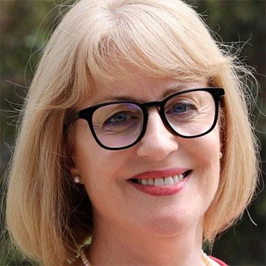 Ms Carol   Lawson