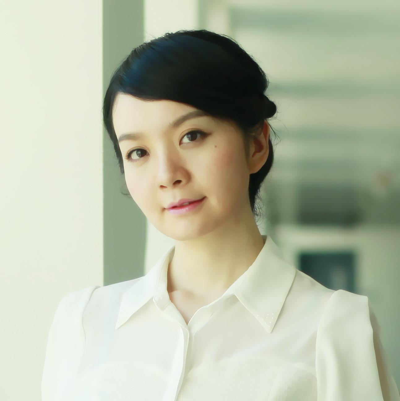 Ms Veronica Zixi Jiang
