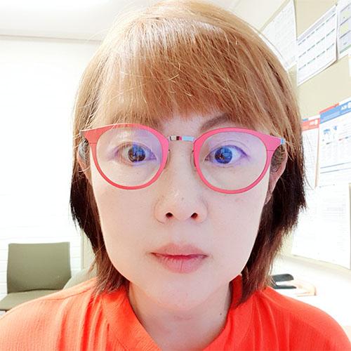 Professor Jihyun   Lee