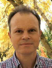 Dr Trevor   Lewis