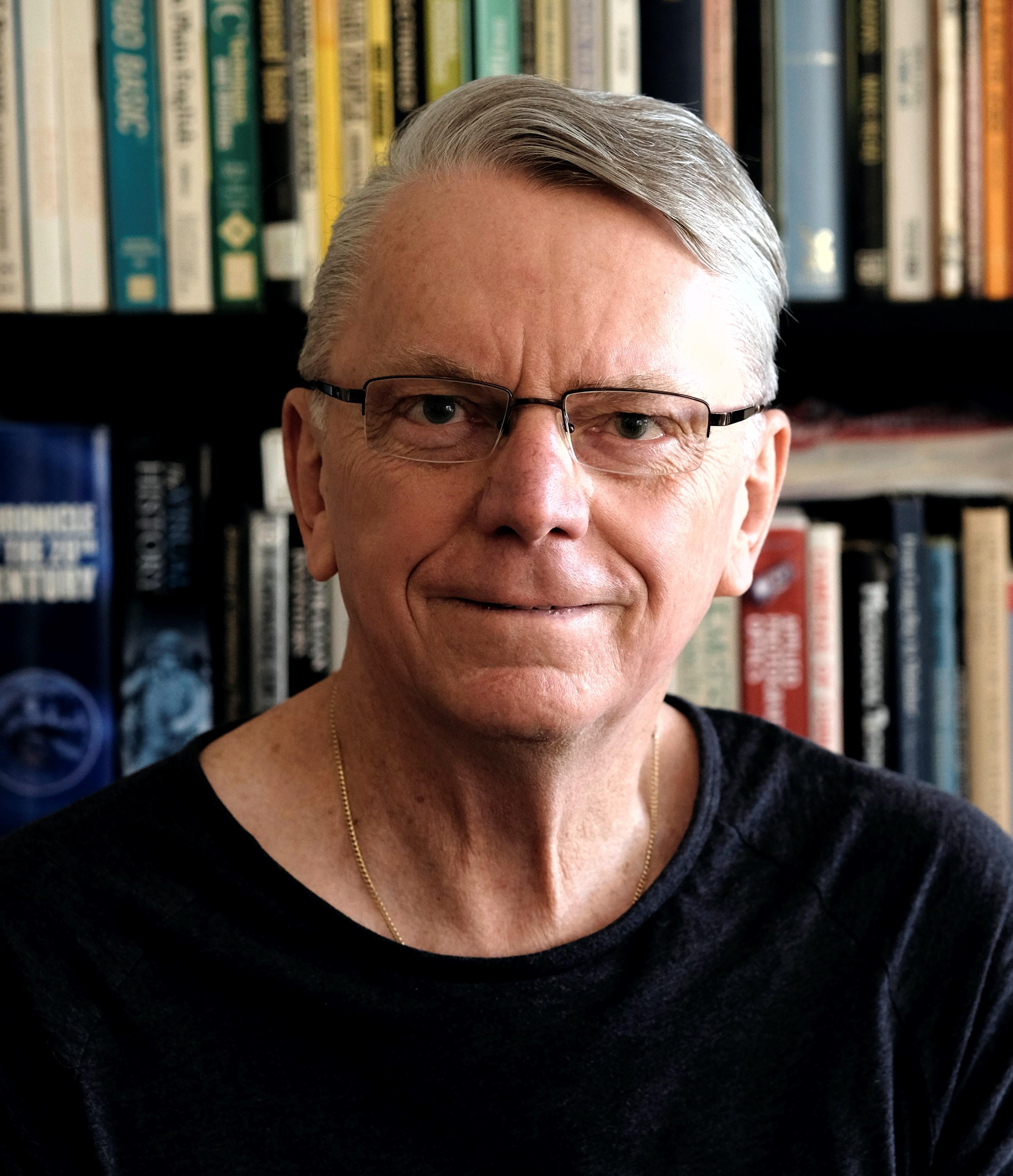 Dr Lewis John Williams