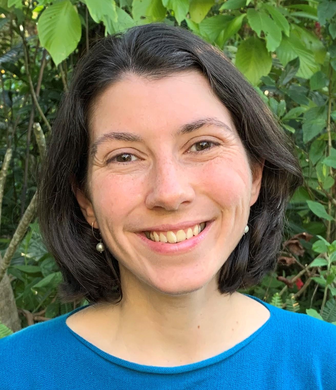 Ms Naomi M Stringer