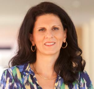 Dr Tina   Naumovski