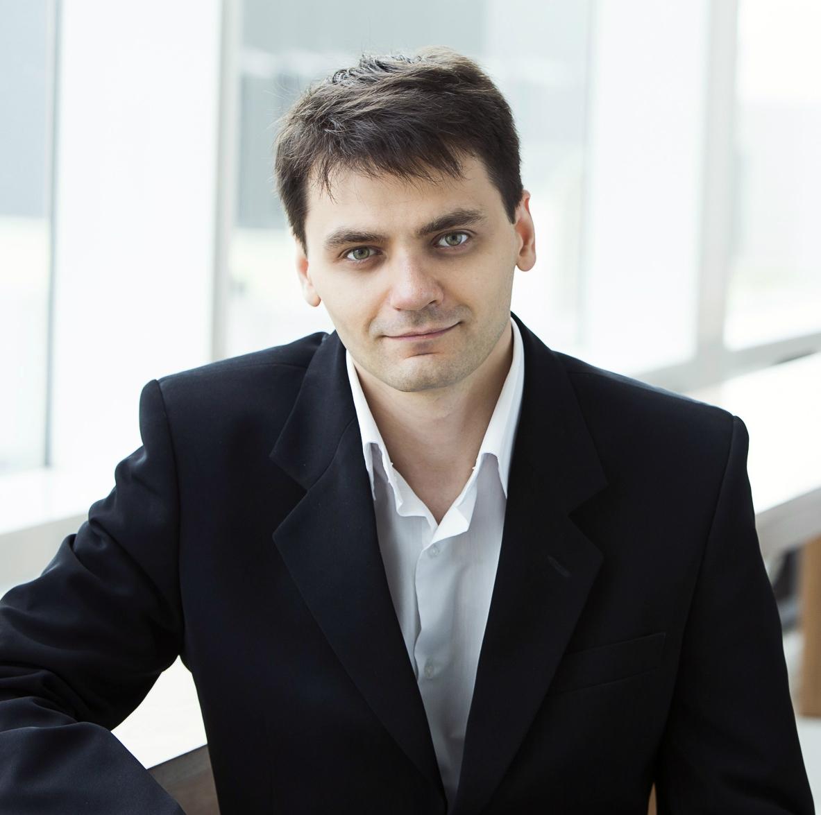 Associate Professor Oleg   Chuprinin