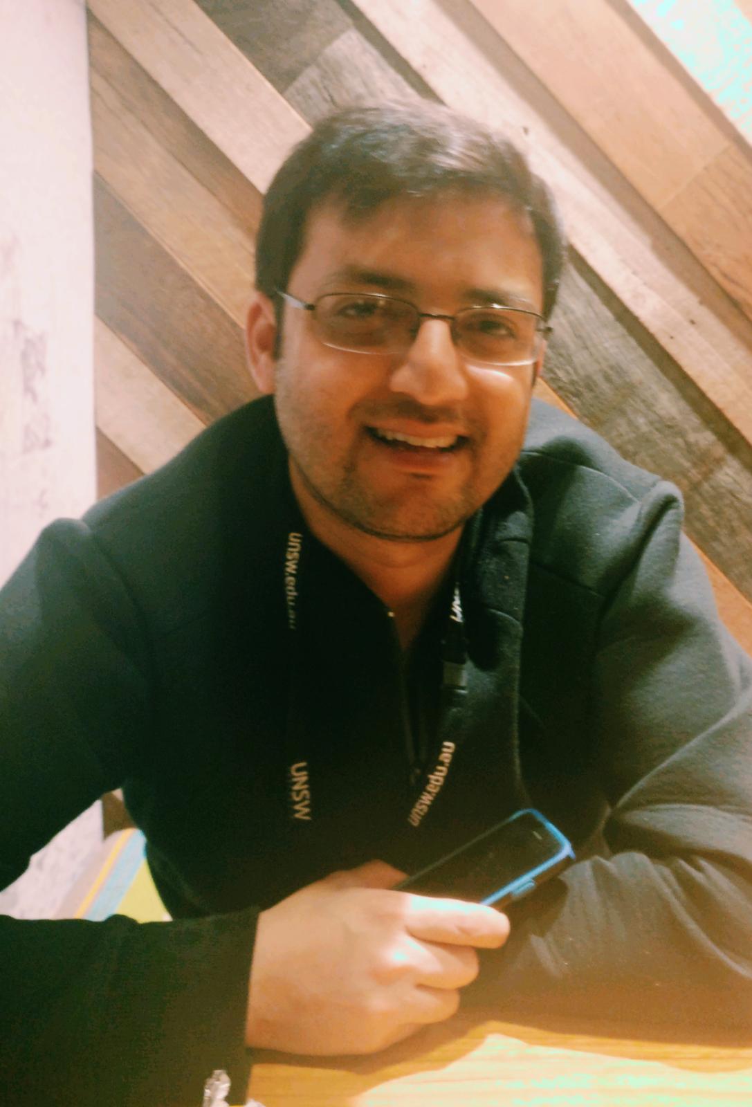 Dr Manuj   Awasthi