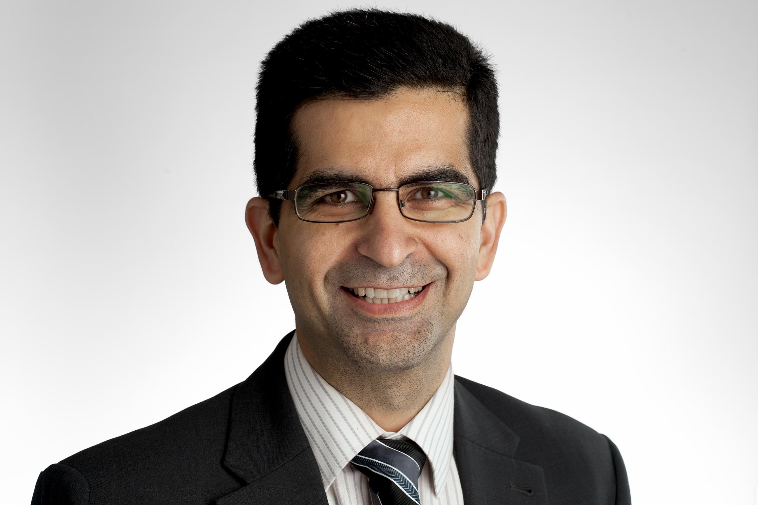 Dr Pooria   Sarrami