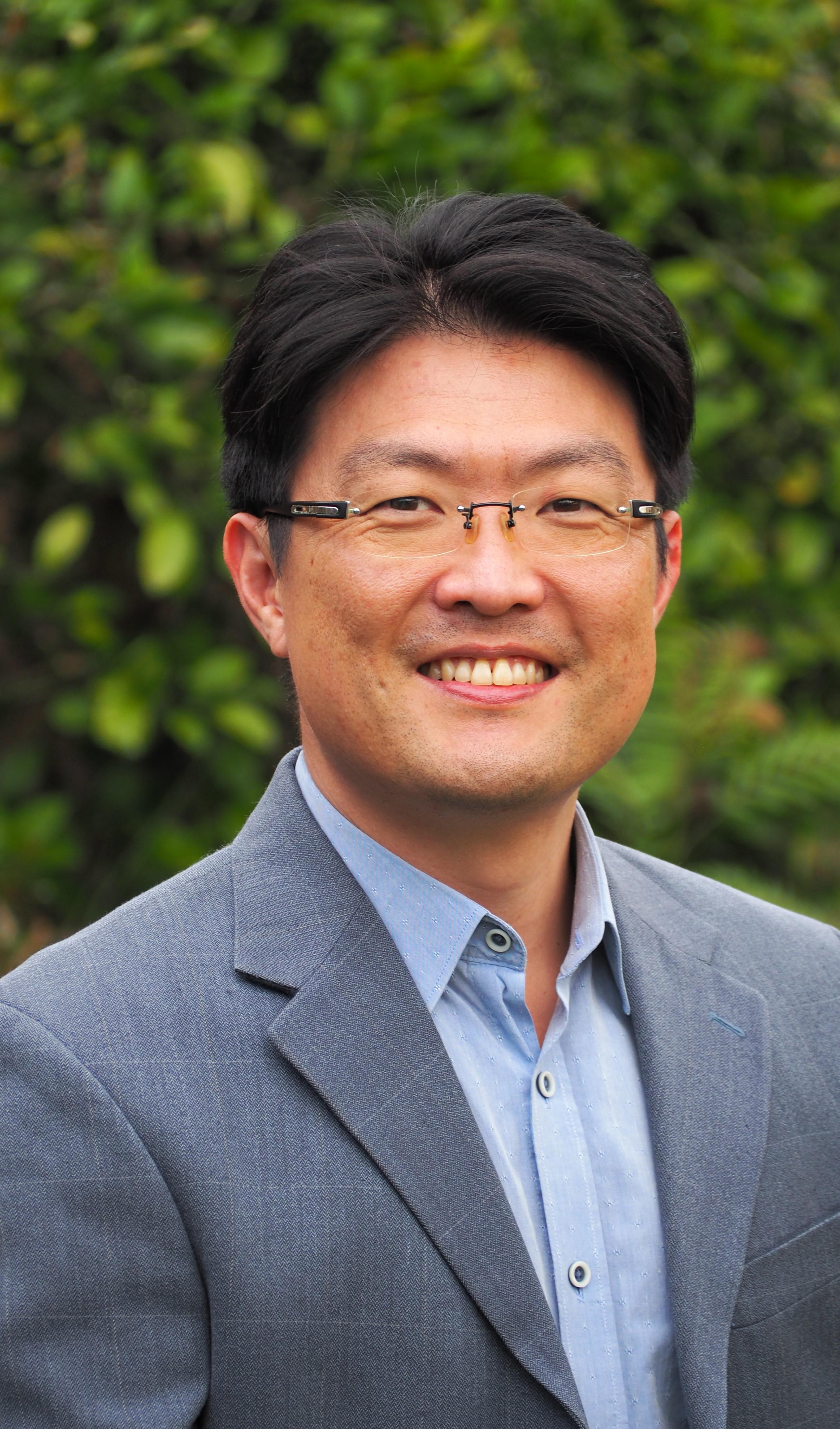 Professor Shawn   Kook