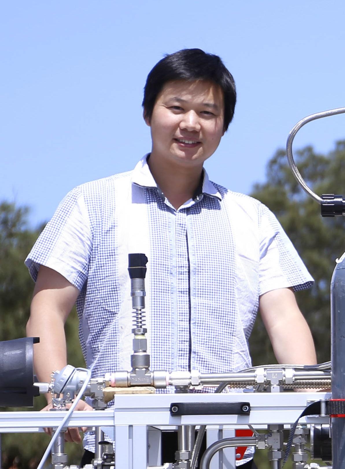 Mr Qiyuan   Li