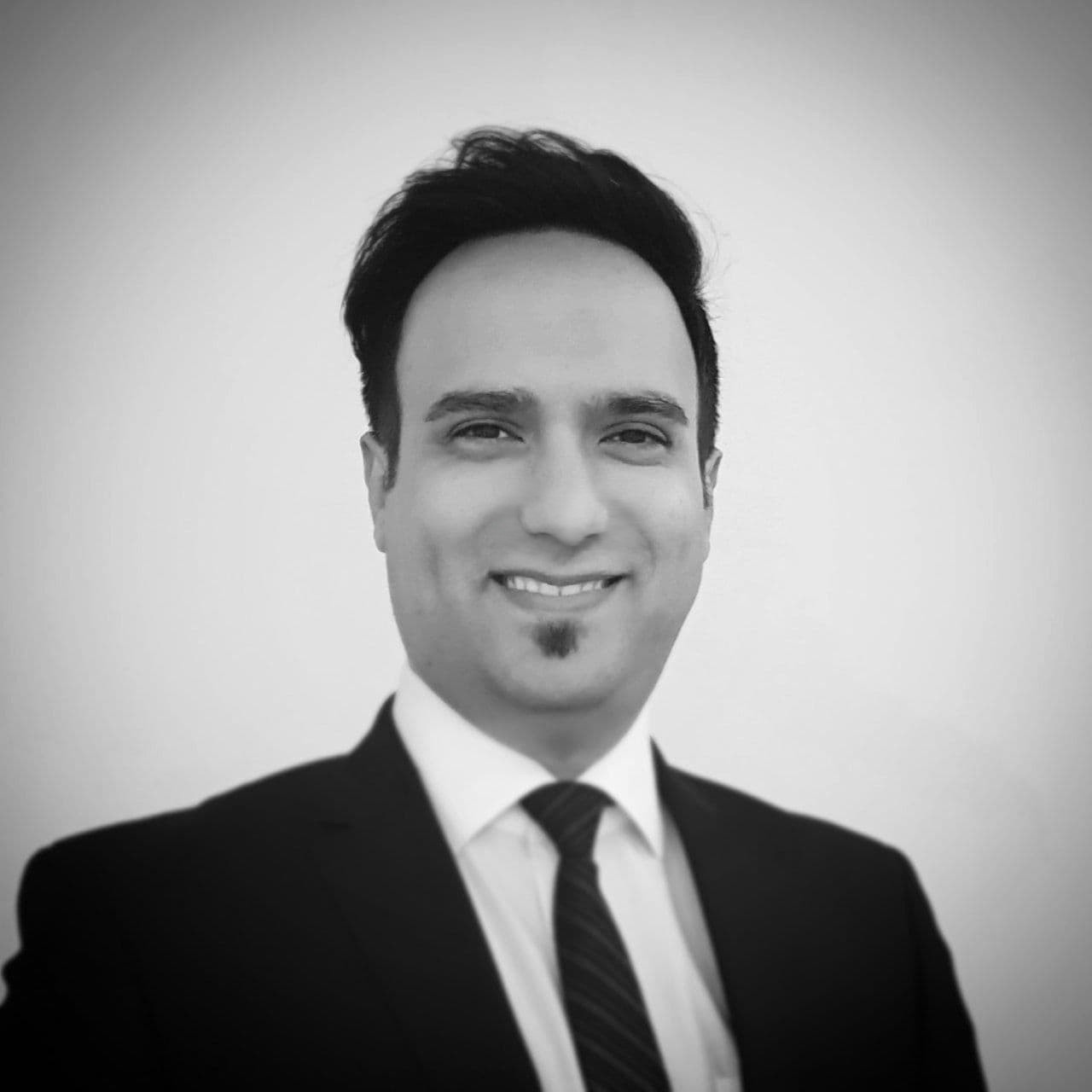 Dr Samad   Saadatmand Feyzrasa