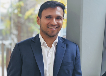 Dr Suraj   Samtani
