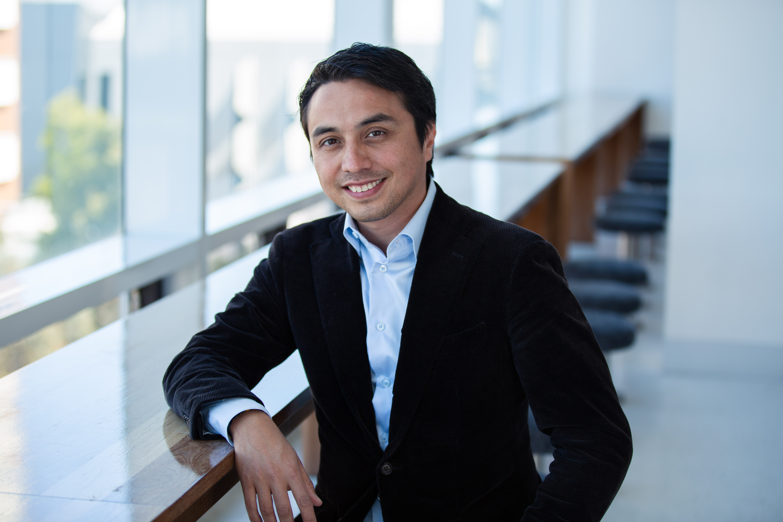 Professor Nicolas   Chu