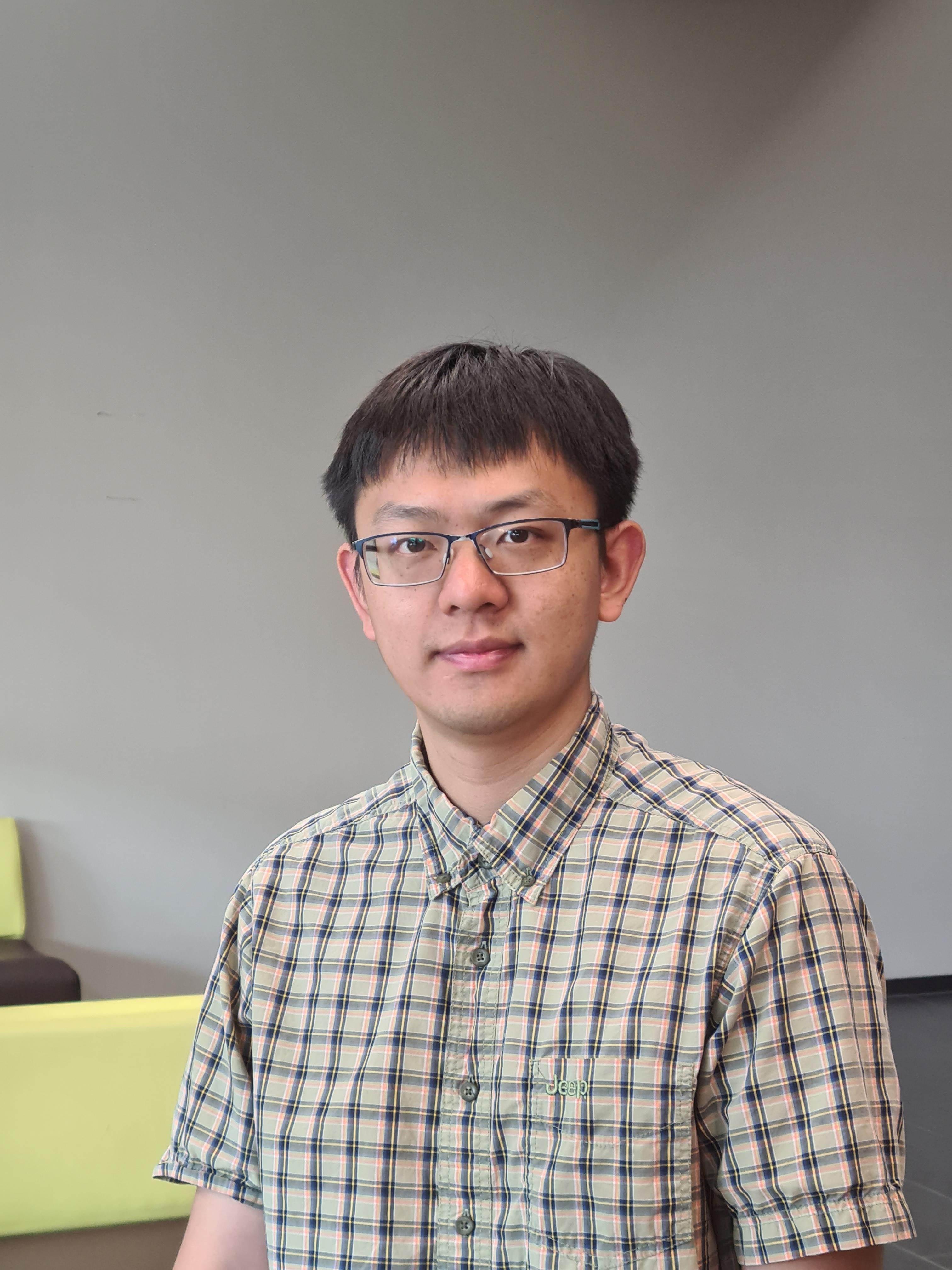 Dr Qingran   Zhang