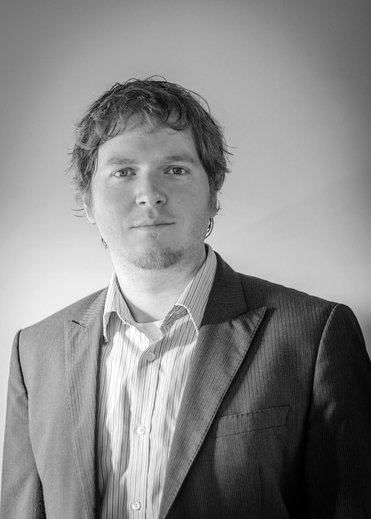 Associate Professor Bernd   Gludovatz