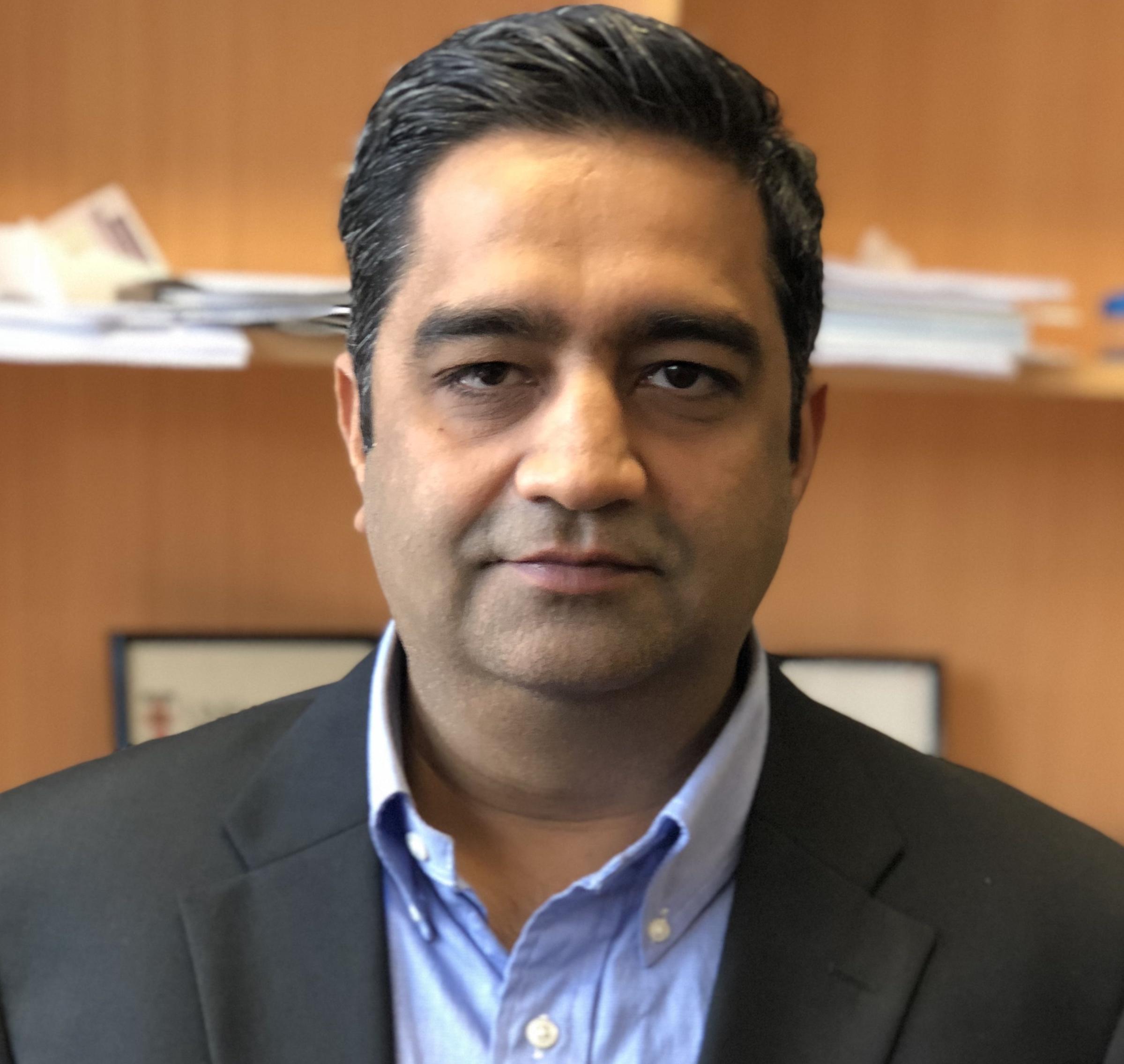 Dr Anurag   Sharma