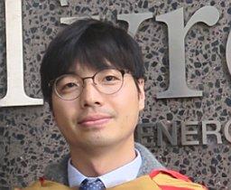Dr Jae Sung   Yun