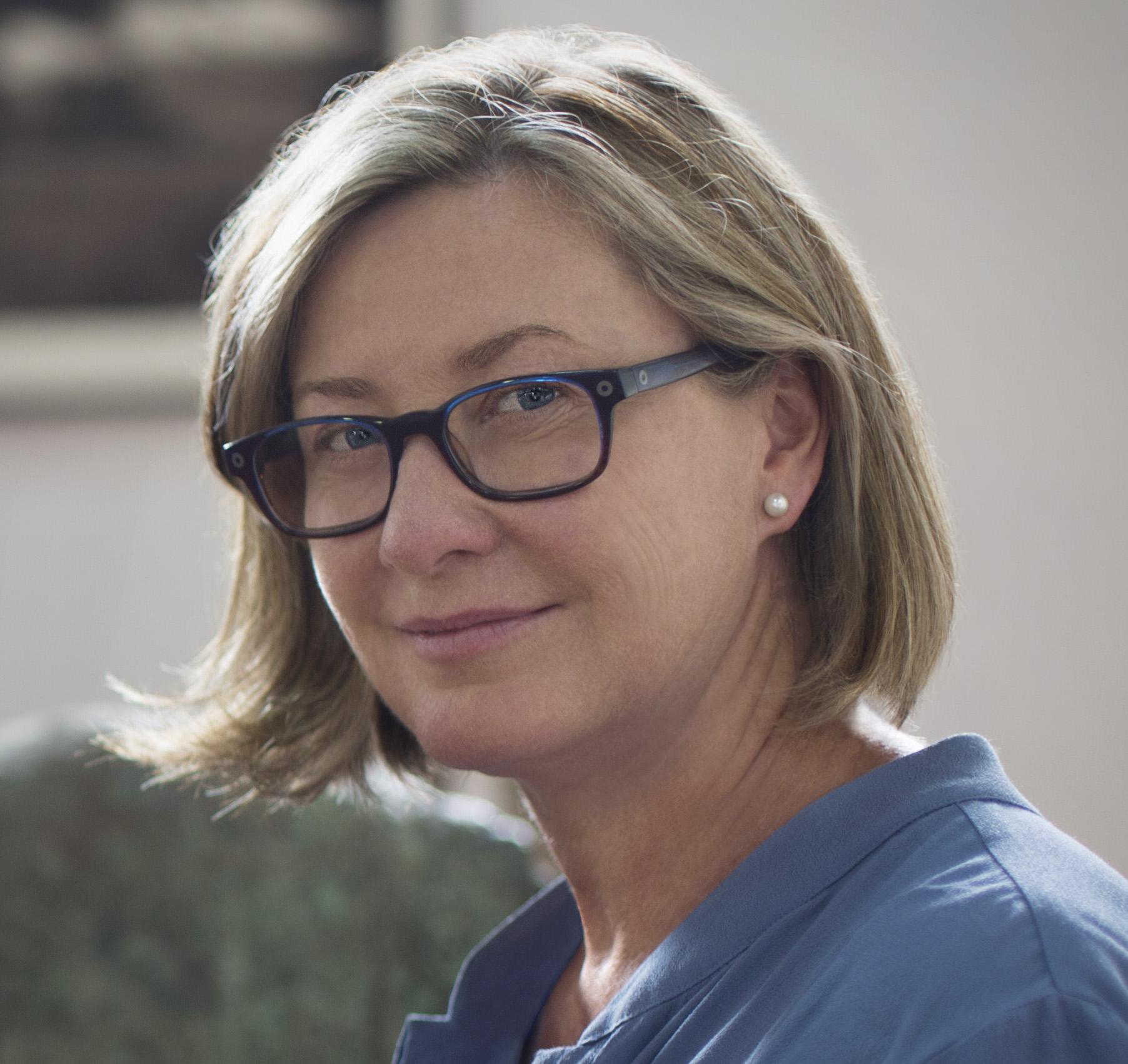 Dr Marnie   Feneley